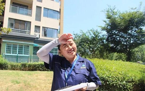 【组图】高温下的港华人